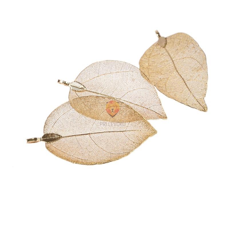 Obesek metalizirani listi zlate barve 3,5cmx6cm 3 kosi