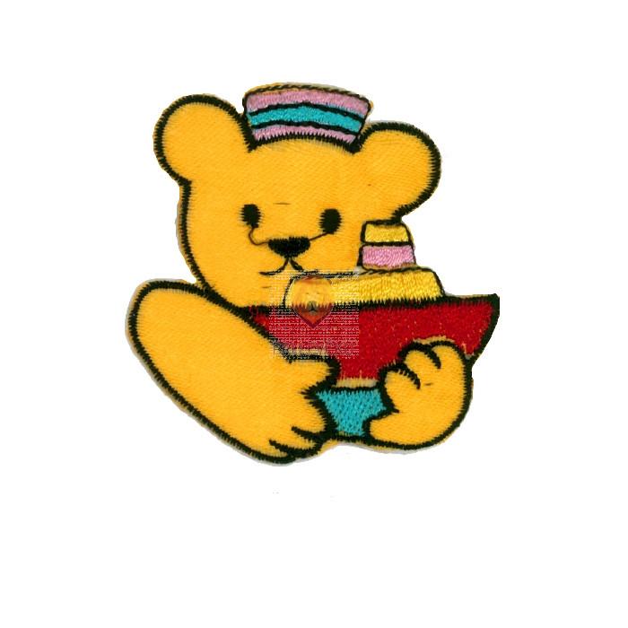 Našitek samolepilni - Medvedek z ladjico oranžen 4,5 cm x 5,5 cm