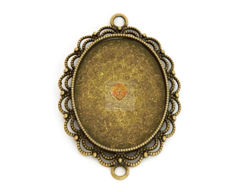 Medaljon barva starega zlata 29 x 39 mm, 1 kos