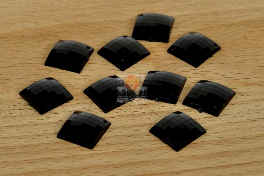 Bleščice za šivanje 14x14mm 10 kosov