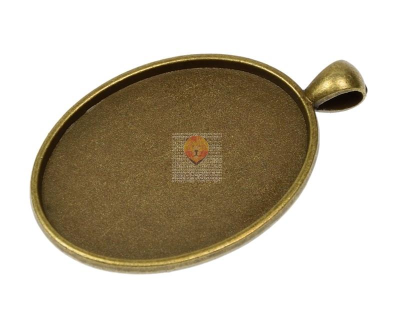 Ovalni medaljon 30x40mm barva starega zlata 1 kos