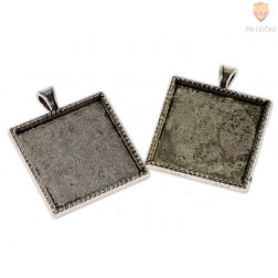 Kvadratni medaljon 25 x 25 mm, 2 kos