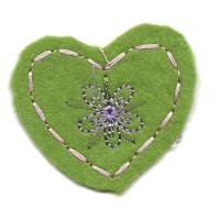 Samolepilni našitek srednji - Srček z vzorcem